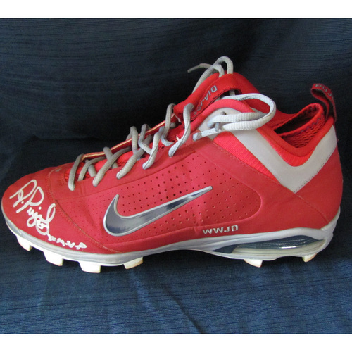 UMPS CARE AUCTION: Albert Pujols Signed, Game-Worn, St. Louis Cardinals Cleat