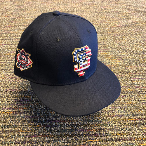 Photo of San Francisco Giants - 2018 Game-Used 4th of July Cap worn by #35 Brandon Crawford - Size 7 3/8