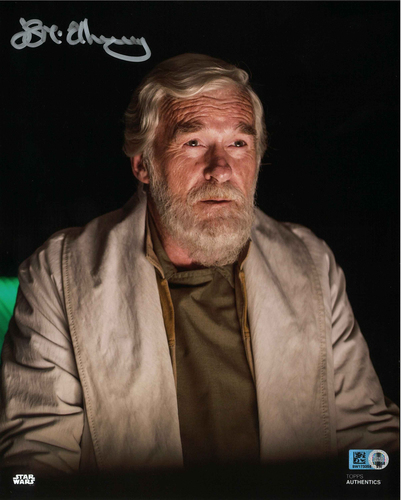 Ian McElhinney As Jan Dodonna 8X10 Autographed in Silver Ink Photo