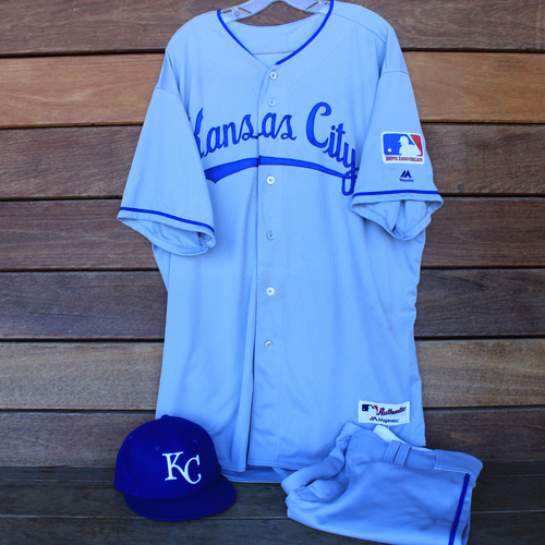 Photo of Game-Used 1969 Throwback Jersey, Pants and Cap: Lucas Duda (Jersey Size 54 - KC @ WSH  - 7/6/19)