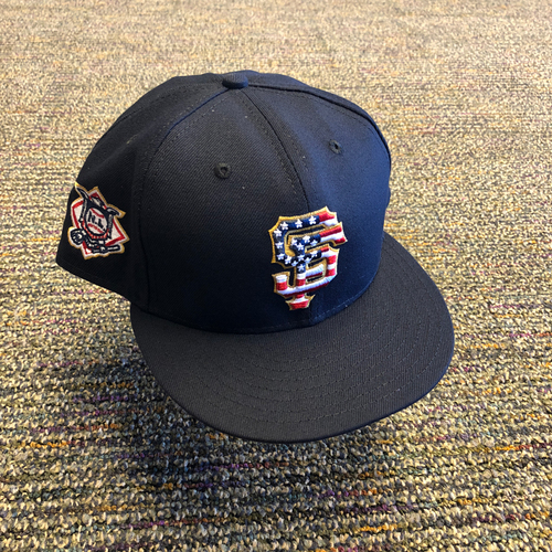 Photo of San Francisco Giants - 2018 Team Issued 4th of July Cap - #47 Johnny Cueto - Size 8