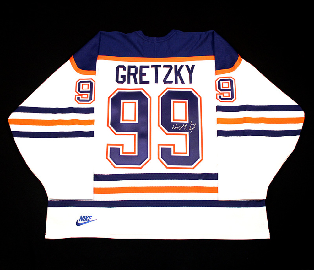 Wayne Gretzky  99 - Autographed Edmonton Oilers Vintage White Nike Replica  Hockey Jersey 8ebed1cc5