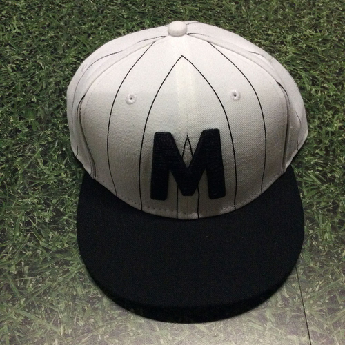 Photo of Lee Tunnell 2018 Milwaukee Bears Game-Used Cap