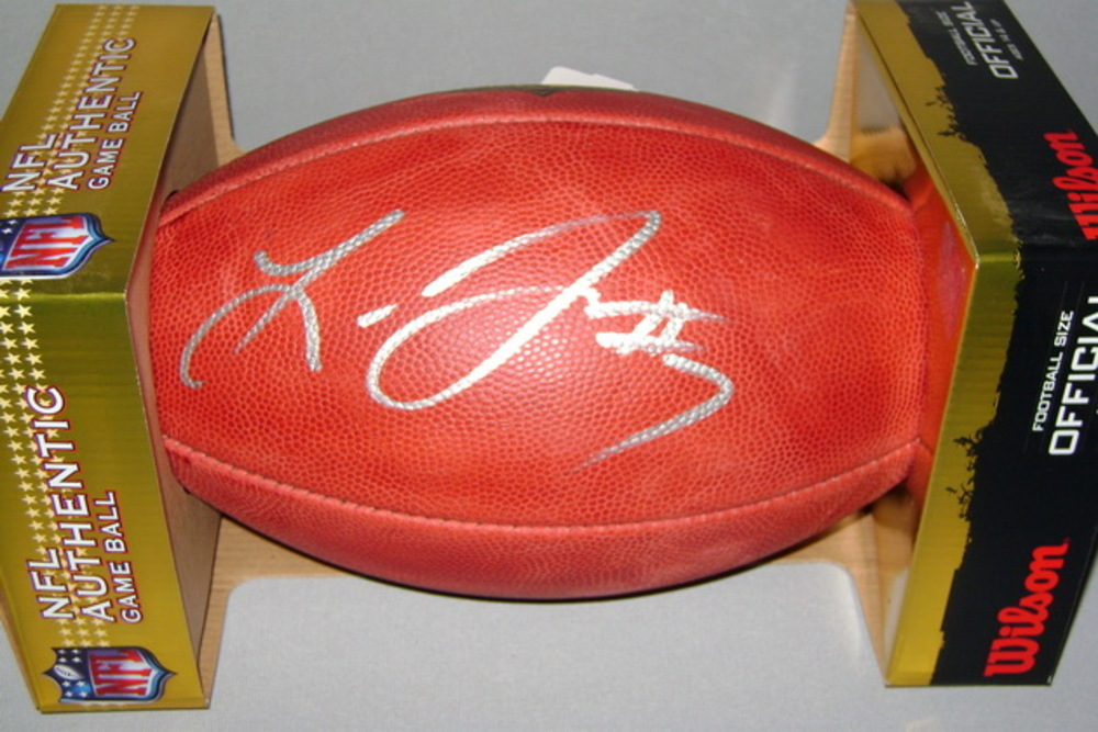 NFL - BUCCANEERS LEONARD FOURNETTE SIGNED AUTHENTIC FOOTBALL