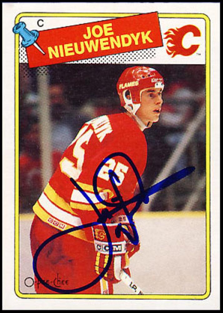 Joe Nieuwendyk Autographed 1988 OPC Calgary Flames Rookie Card