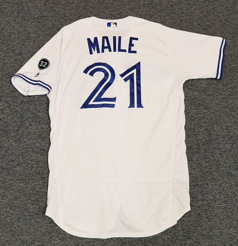 Photo of Authenticated Game Used Jersey - #21 Luke Maile (July 23, 18: 0-for-4). Size 46.