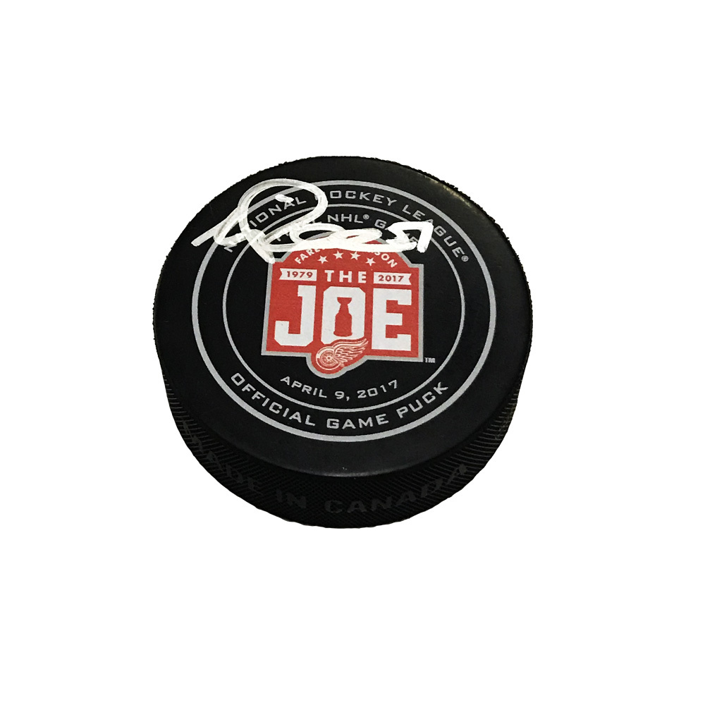 VALTTERI FILPPULA Signed Final Game at the Joe Detroit Red Wings Official Game Puck