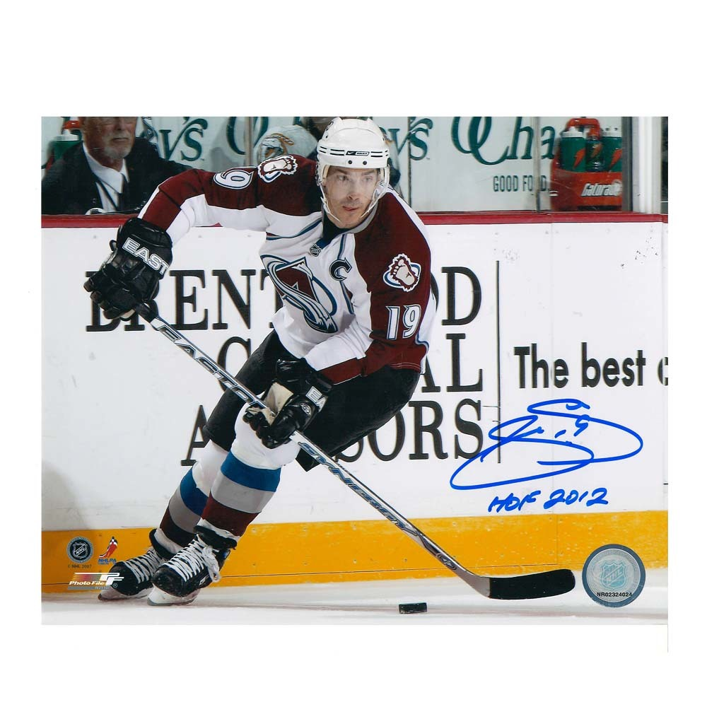 JOE SAKIC Signed Colorado Avalanche 8 X 10 Photo  - 70117