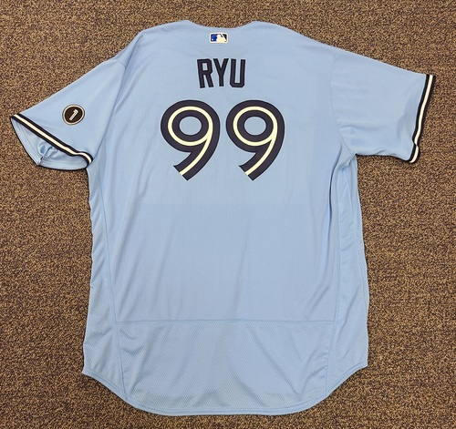 Photo of Authenticated Team Issued Jersey: #99 Hyun-Jin Ryu (2020 Season). Set 2. Size 54.