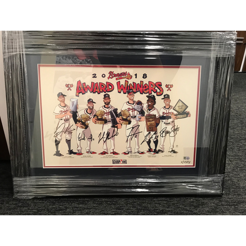 Photo of 2019 Player Awards MLB Authenticated Autographed Framed Photo