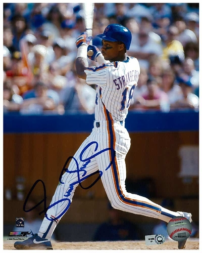 Darryl Strawberry - Autographed 8X10 Photo