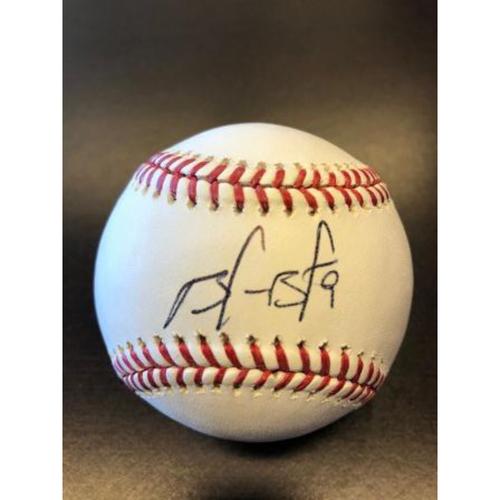 Photo of Giants End of Season Auction: Brandon Belt Autographed Baseball