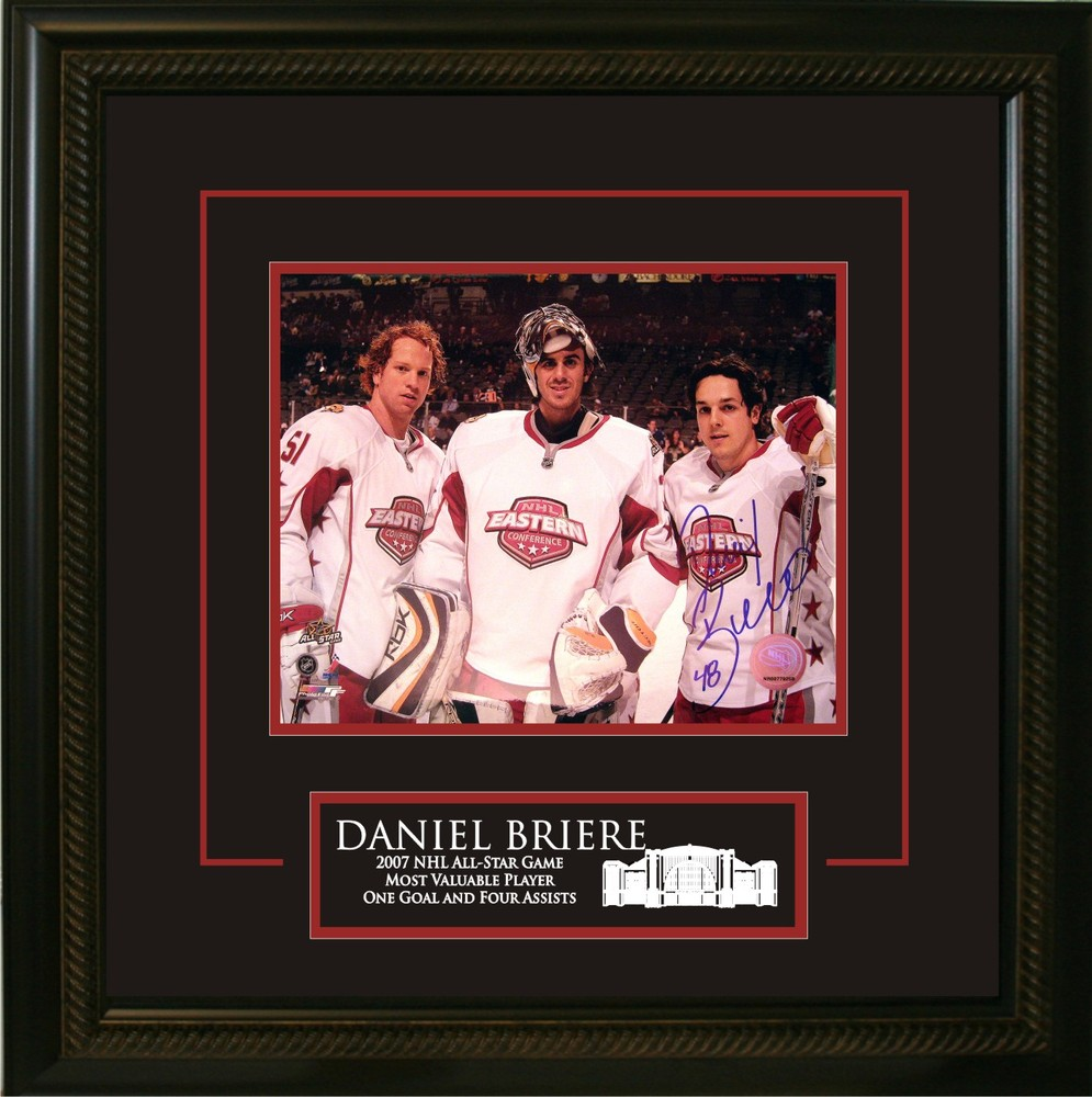 Daniel Briere - Signed & Framed 16x20