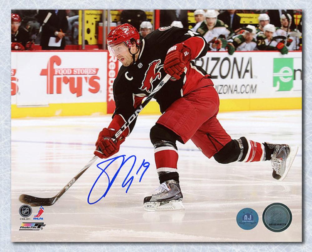 Shane Doan Phoenix Coyotes Autographed Action 8x10 Photo