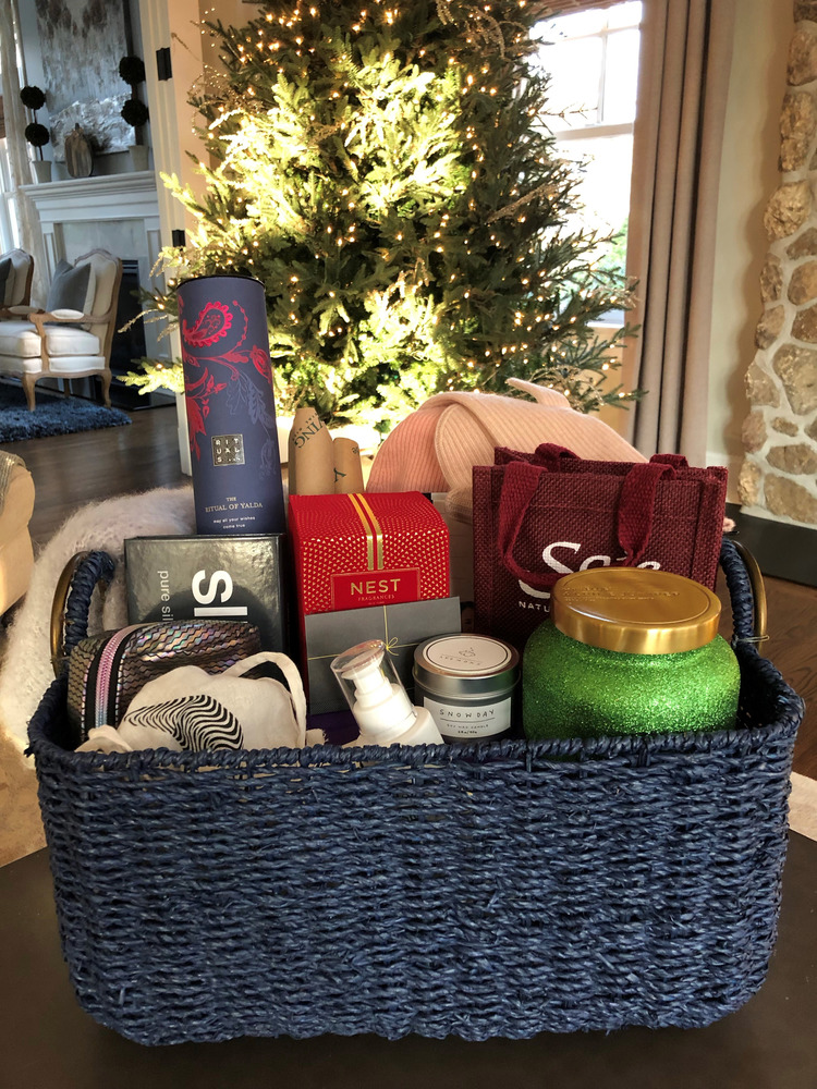 New York Rangers Wives and Girlfriends Hockey Fights Cancer Basket Initiative