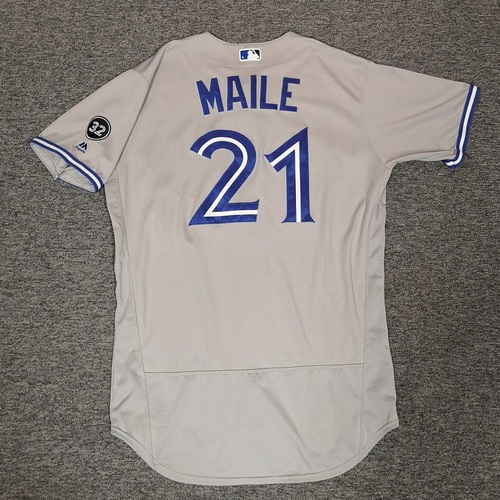 Photo of Authenticated Game Used Jersey - #21 Luke Maile (June 12, 18: 0-for-3). Size 46.