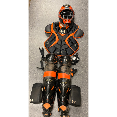 Photo of 2020 Cyber Monday Sale - #28 Buster Posey 2017 Game Used Autographed Catchers Gear used on 9/30 vs. SD - Matt Cain's Final Game
