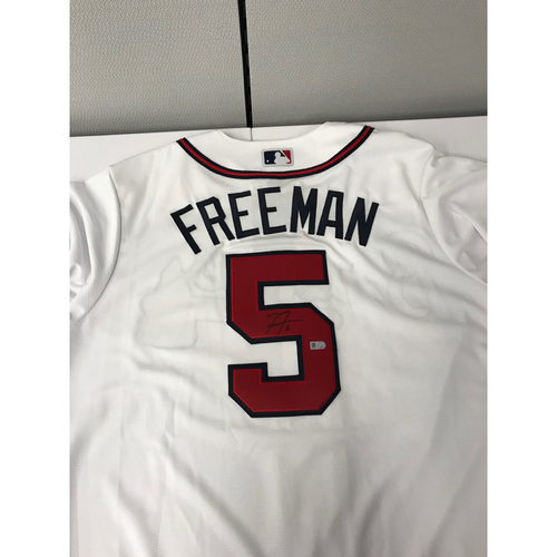 Photo of Freddie Freeman MLB Authenticated Autographed White Atlanta Braves Home Jersey