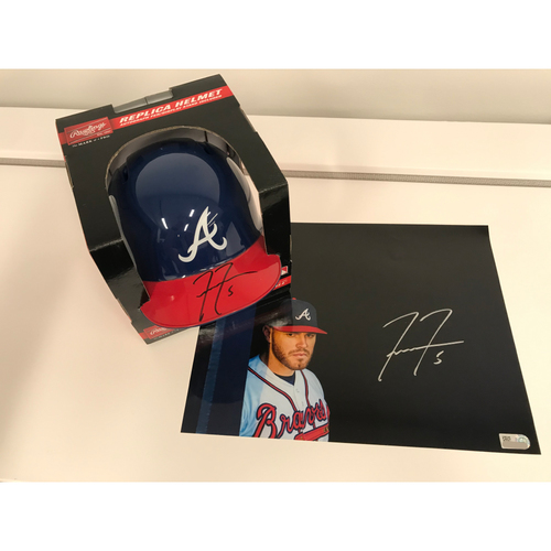 Photo of Freddie Freeman MLB Authenticated Autographed Photo And Mini Helmet