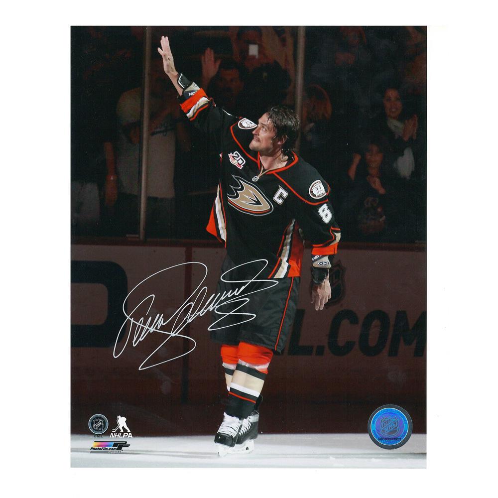 TEEMU SELANNE Signed Anaheim Ducks Last Regular Season Game 8 X 10 Photo - 70459