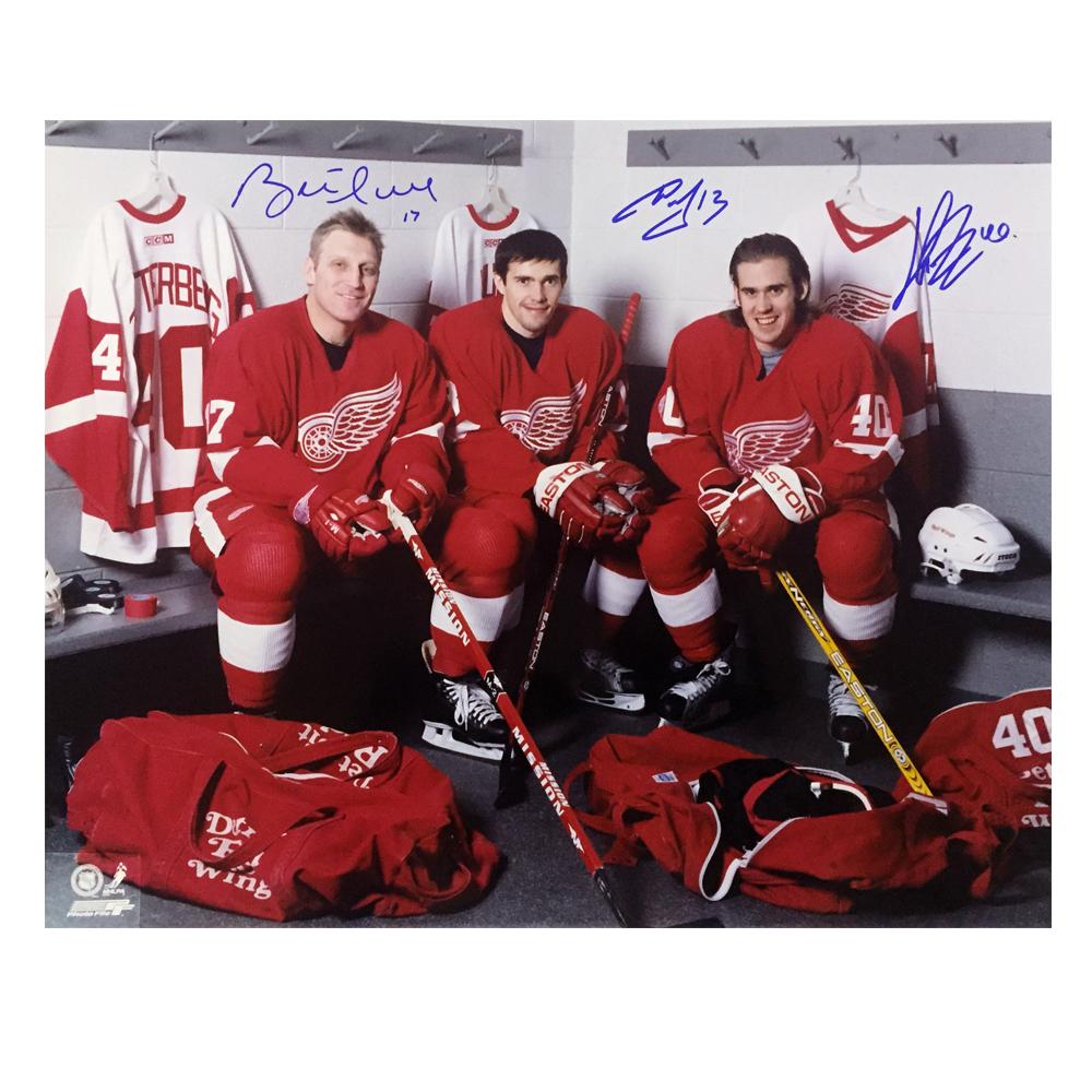BRETT HULL, PAVEL DATSYUK, and HENRIK ZETTERBERG Signed Detroit Red Wings 16 X 20 Photo - 79104
