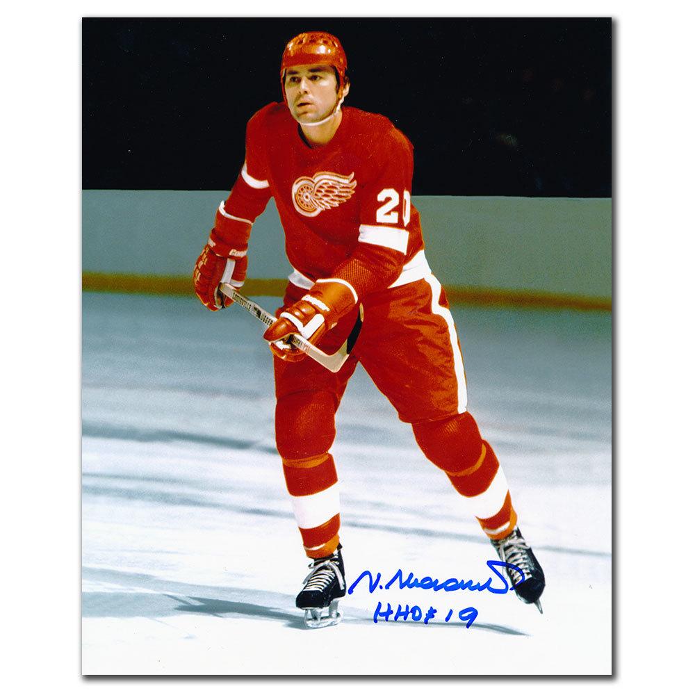 Vaclav Nedomansky Detroit Red Wings HOF Autographed 8x10