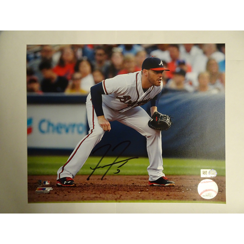 Photo of Freddie Freeman Autographed 8 x 10 Photo