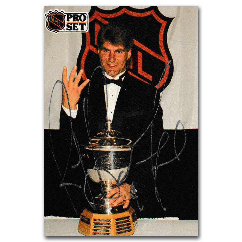 Ray Bourque Autographed 1991-92 Pro Set Hockey Card