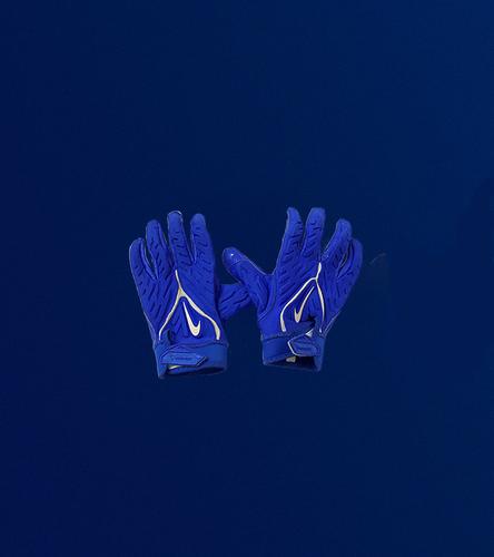 Andrew Whitworth Game Used Gloves - (9/12/2021 VS. Chicago Bears)