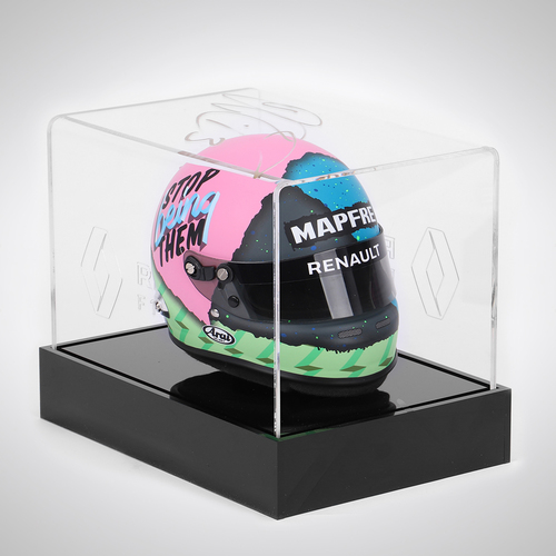 Photo of Daniel Ricciardo 2019 1:2 Scale Helmet and Signed Case