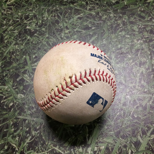 Photo of Game-Used Baseball CHC@MIL 09/07/19 - Yu Darvish - Yasmani Grandal: Single