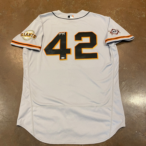 Photo of 2020 Jackie Robinson Day Jersey - Team Issued & Autographed  - #9 Brandon Belt - Size 48