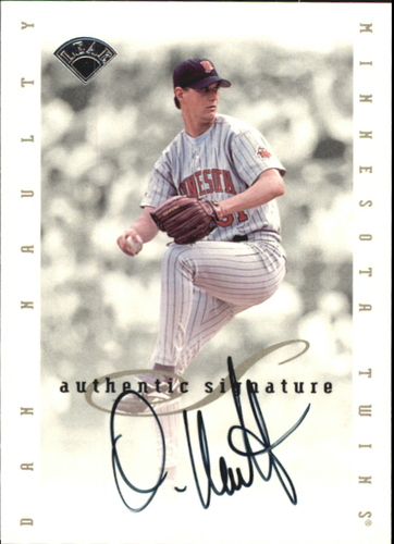 Photo of 1996 Leaf Signature Extended Autographs #139 Dan Naulty