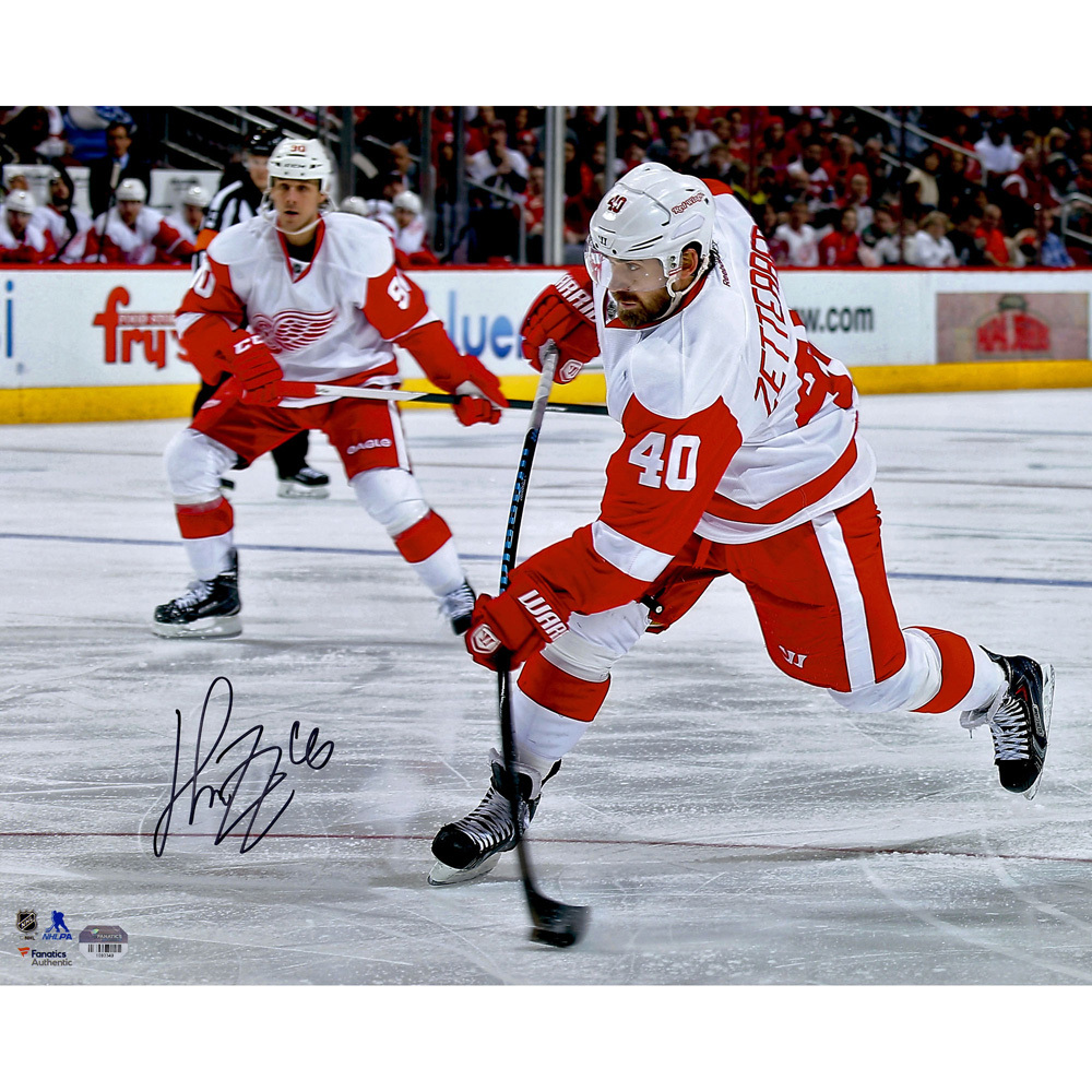 Henrik Zetterberg Detroit Red Wings Autographed 16