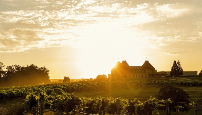 3-NIGHT STAYCATION AT CHÂTEAU ÉLAN WINERY & RESORT NEAR ATLANTA