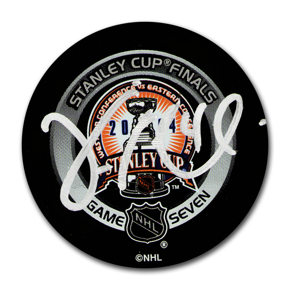 Vincent Lecavalier (Tampa Bay Lightning) Autographed 2004 Stanley Cup Final Official Game Seven Puck