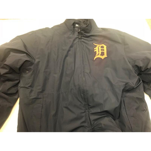 Photo of 2015 Team-Issued Detroit Tigers #35 Road Bench Jacket: Inner and Outer Layers