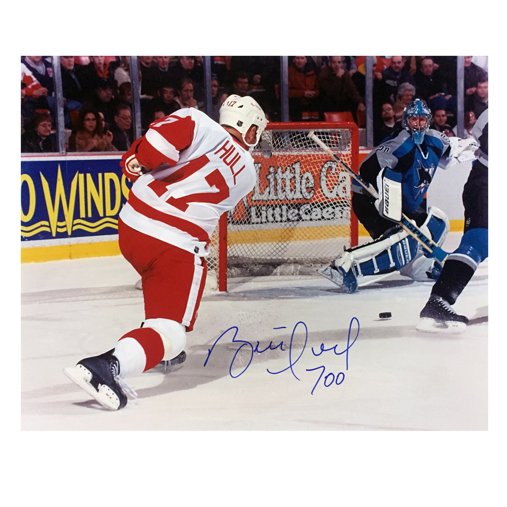 BRETT HULL Signed Detroit Red Wings 16 X 20 Photo W/ 700th goal Inscription