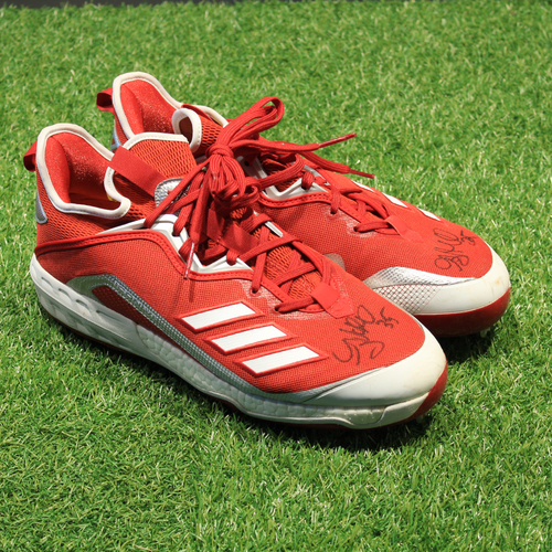 Photo of Game-Used & Autogrpahed 2021 Monarchs Cleats: Greg Holland #35 (DET @ KC 5/23/21) - Size 11.5
