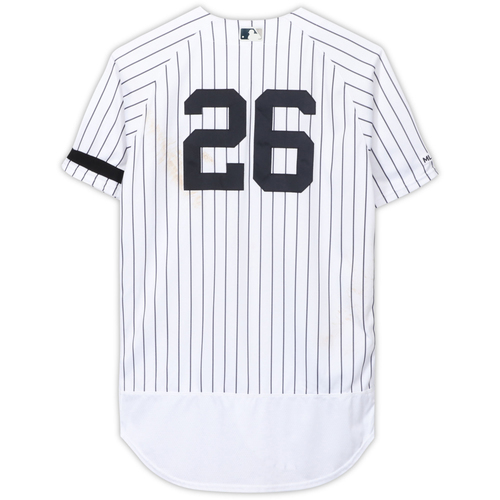 Photo of DJ LeMahieu New York Yankees Game-Used #26 White Pinstripe Jersey vs. Cleveland Indians on August 17, 2019