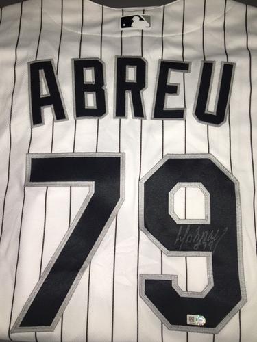 Jose Abreu Autographed Jersey - Size 52