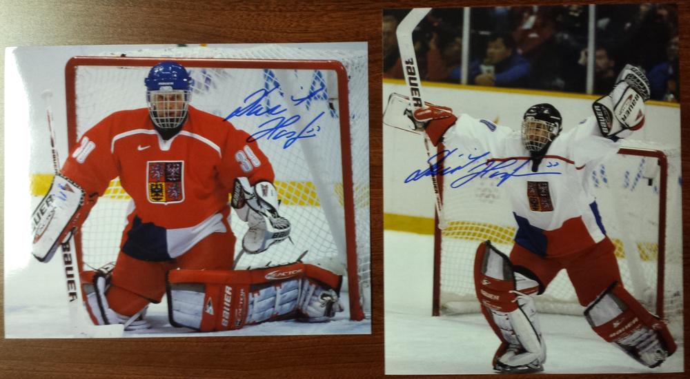 Dominik Hasek Autographed Victory international hockey 8x10 photos