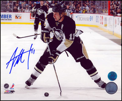 JORDAN STAAL Pittsburgh Penguins SIGNED 8x10 Horizontal Action Photo
