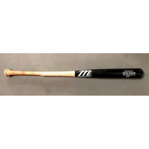 Photo of Dansby Swanson Game-Used Cracked Bat - March 29, 2018 - Opening Day