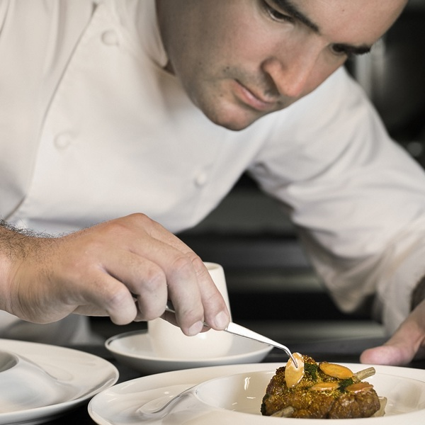Click to view Chef's Table Experience at Gordon Ramsay Au Trianon.