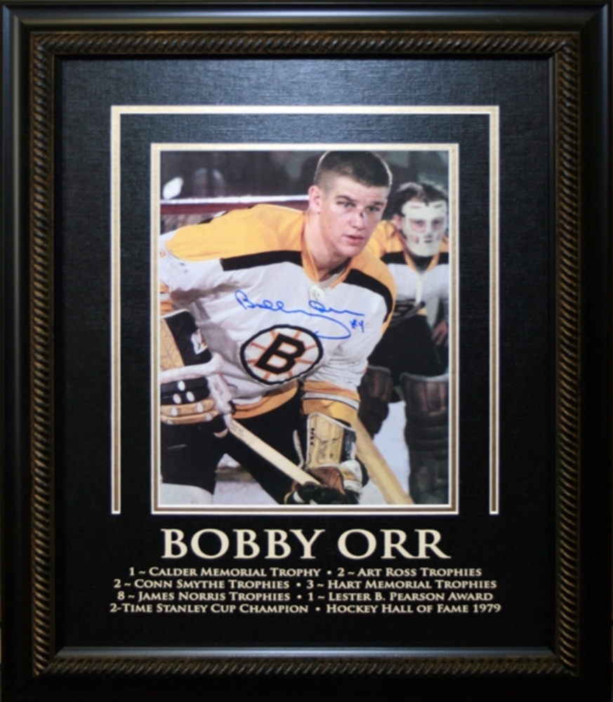 Bobby Orr Signed 8x10 Etched Mat Closeup Bloody Nose