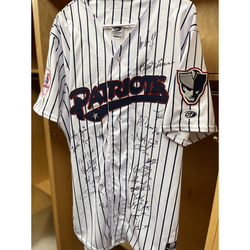 Photo of 2021 Somerset Patriots Team Signed Jersey