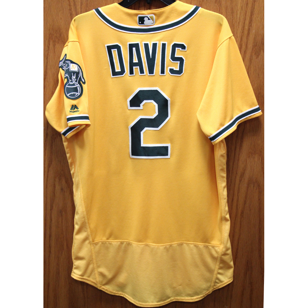 separation shoes 9aba7 6f11d MLB Auctions | 2017 Khris Davis Game-Used Jersey - HR #38