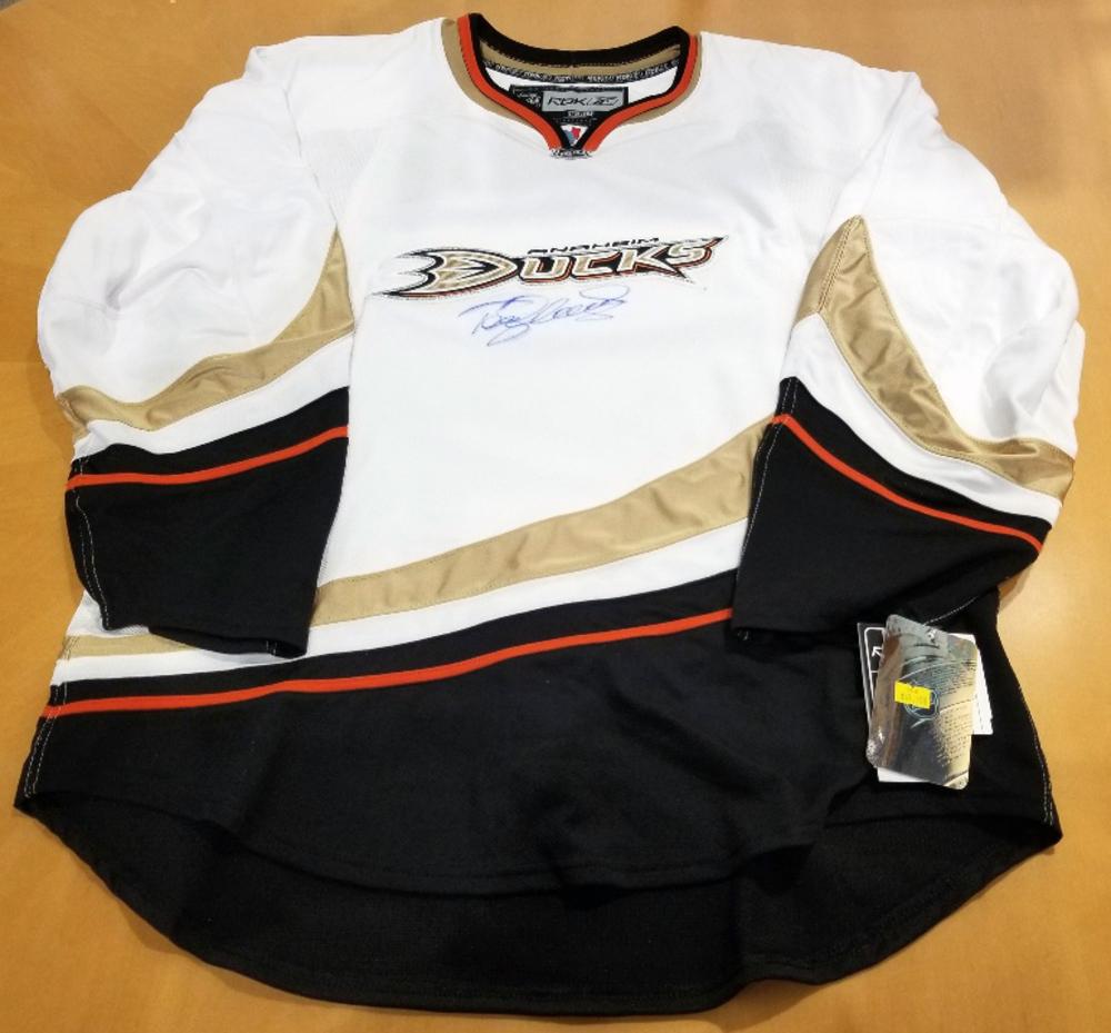 reputable site 711dd 5f6ad NHL Auction
