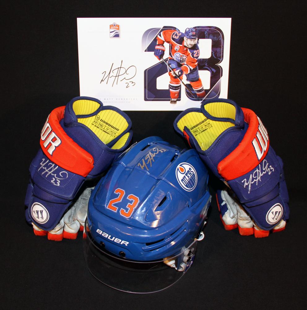 Matt Hendricks #23 - Autographed 2015-16 (2nd Half) Edmonton Oilers Game Worn Royal Blue Bauer RE-AKT Helmet & 2016-17 Warrior AX1 Hockey Gloves - Includes Bonus Autographed Player Card!
